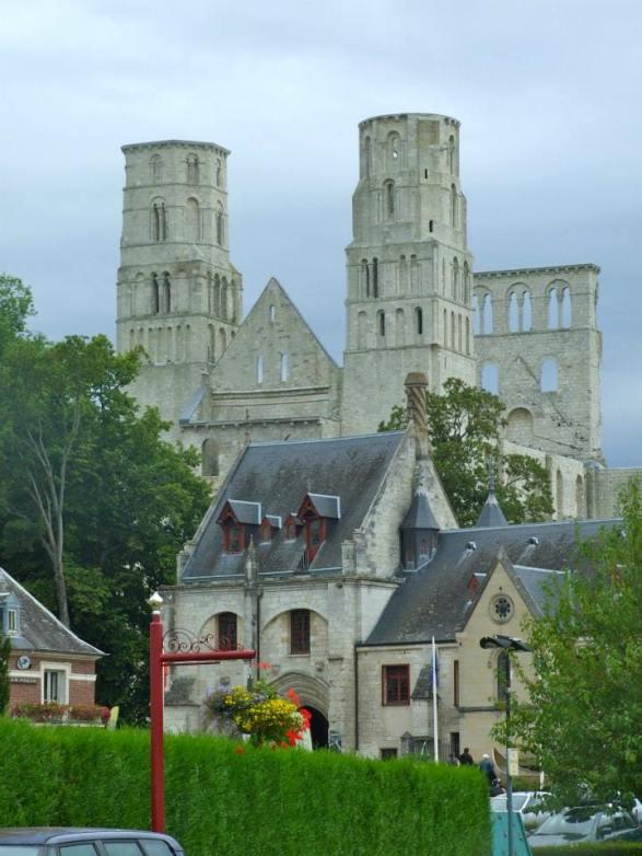 View abbaye Jumièges