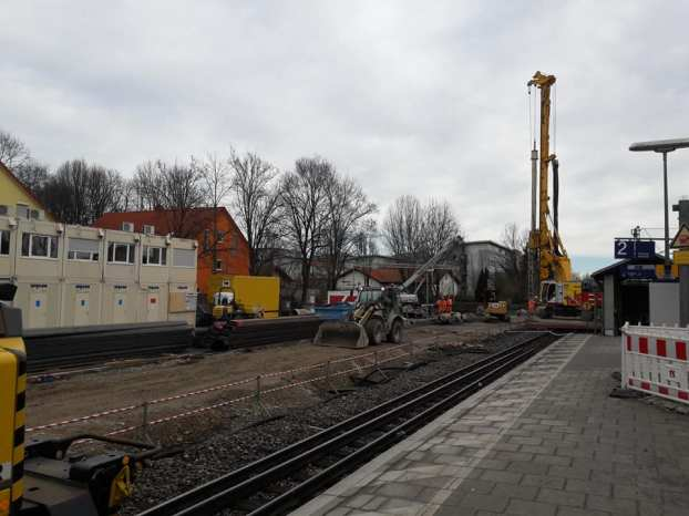The new platform and track reaching towards Eching